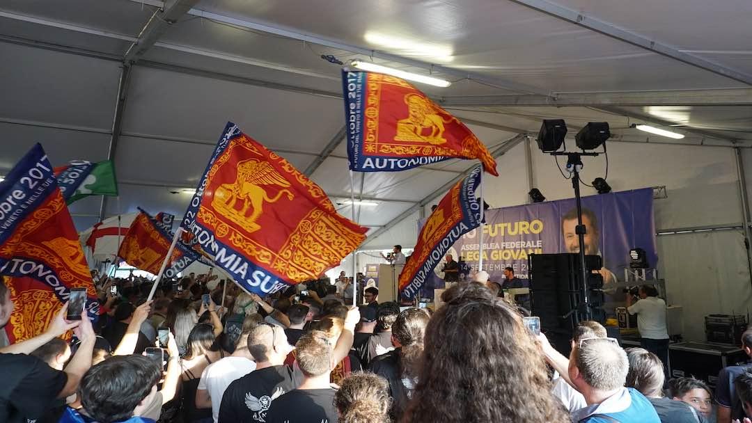 """Gli """"identitari"""", successori dell'estrema destra europea"""