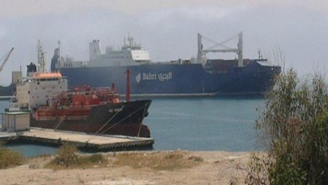 Nave saudita carica di armi: da Genova a Livorno fino a Cagliari