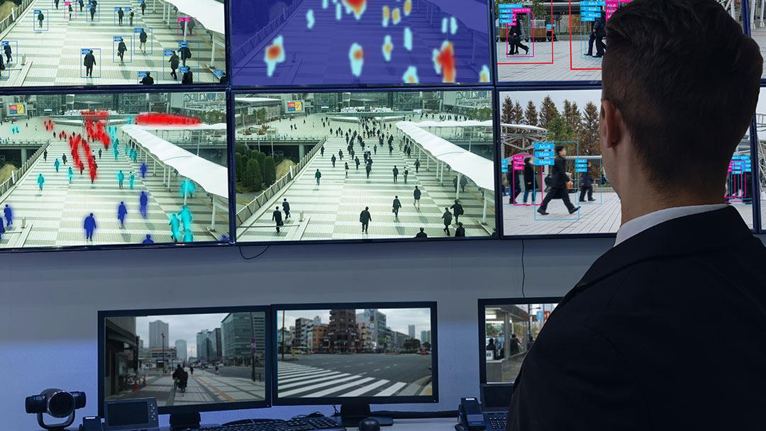 Lo scontro Viminale-Garante della privacy sul riconoscimento facciale in tempo reale