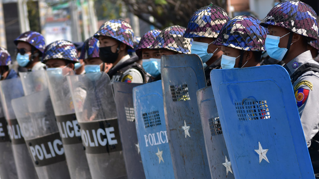 Myanmar, fuori Telenor, dentro M1 Group: il regime di sorveglianza alla fase 2